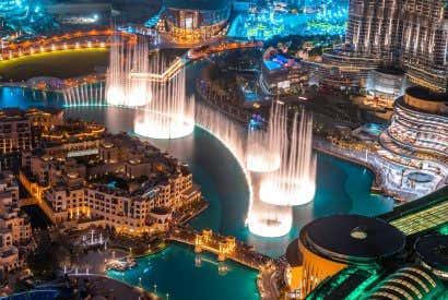 Dubai Fountain a pleno rendimiento