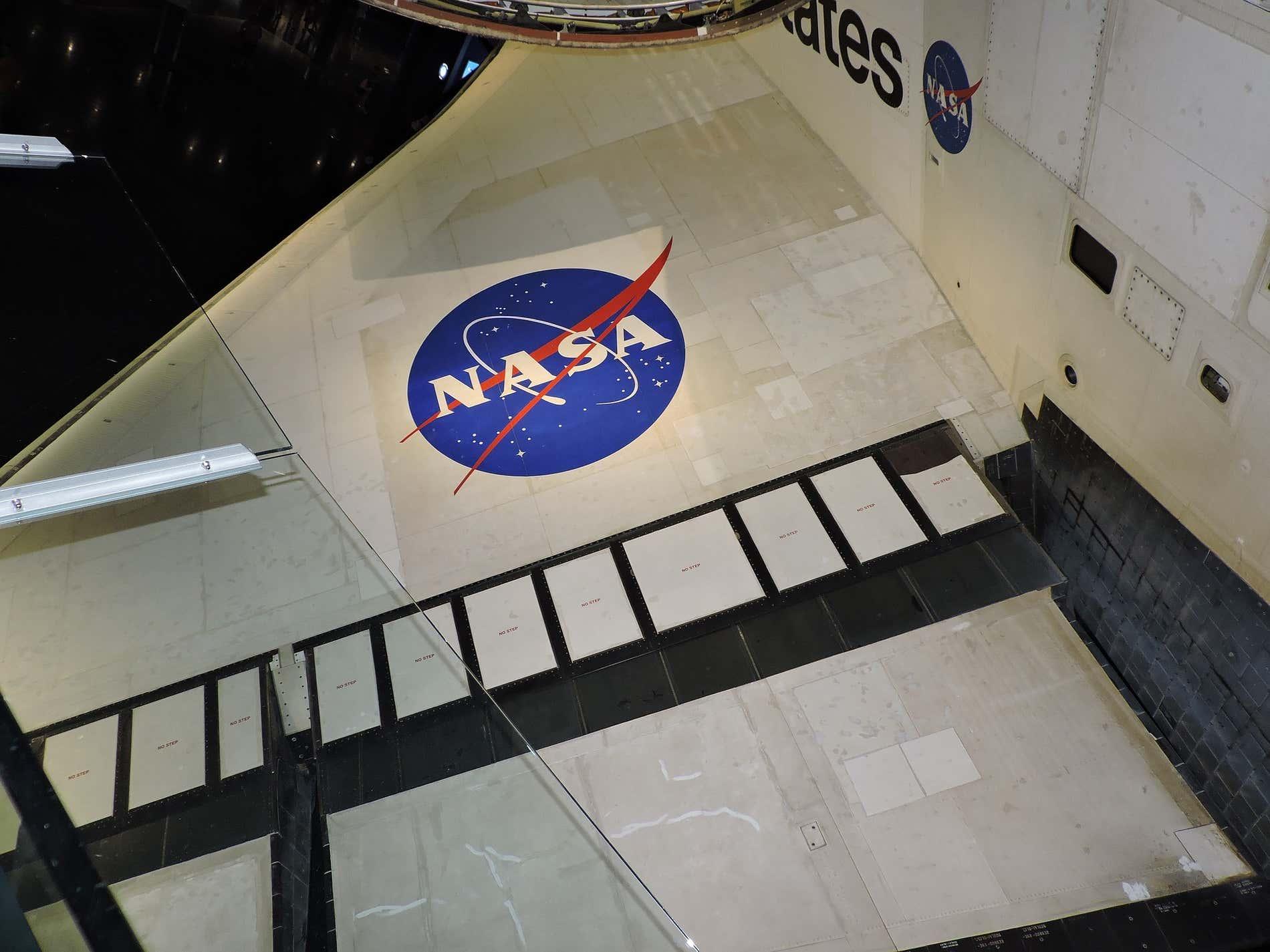 Lanzamiento del transbordador espacial Atlantis: misión STS-129