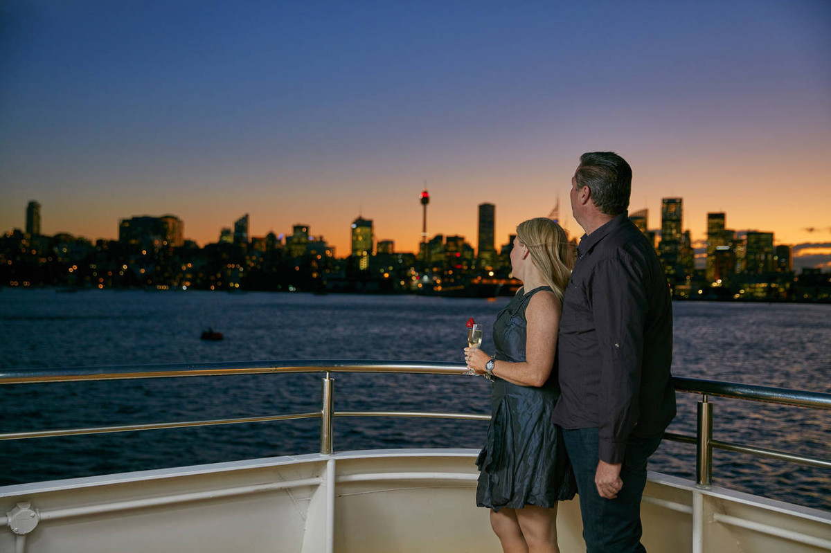 What to see in Sydney: Sunset over Sydney Harbour