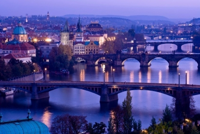 ¡Disfruta Praga actualizada!