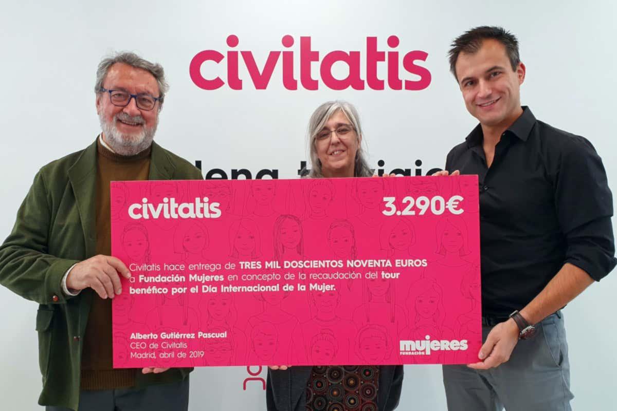 Civitatis entrega a la Fundación Mujeres la recaudación de su tour por el Día de la Mujer