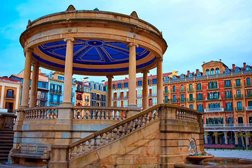 Pamplona e una delle sfilate dei Re Magi più tradizionali della Spagna
