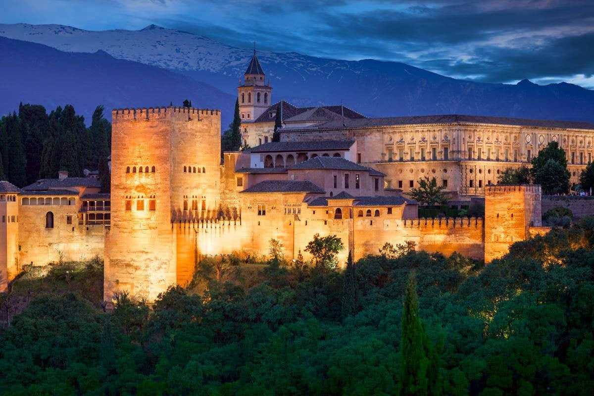 L'Alhambra di Granada, il complesso monumentale Patrimonio dell'Umanità.
