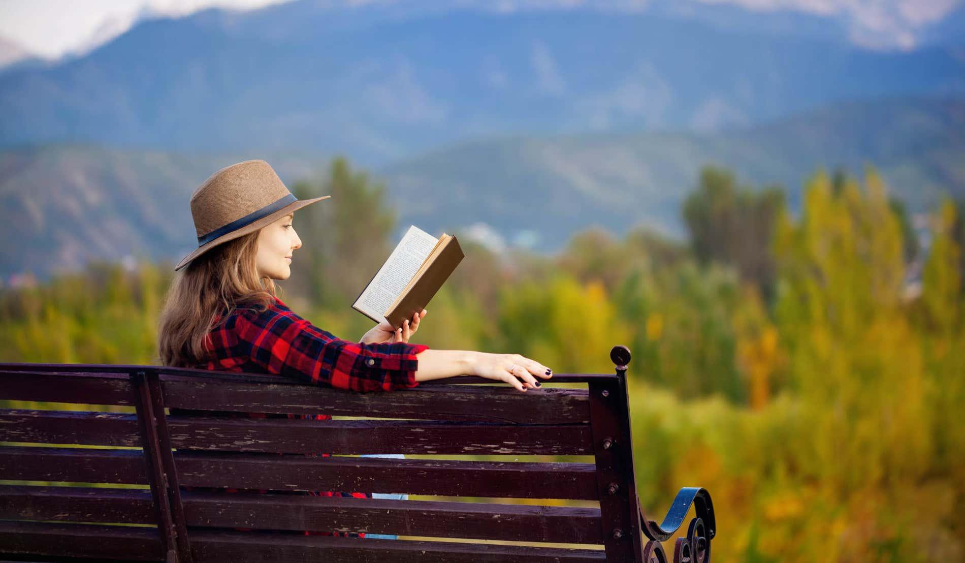 9 libri sui viaggi per la Giornata mondiale del Libro