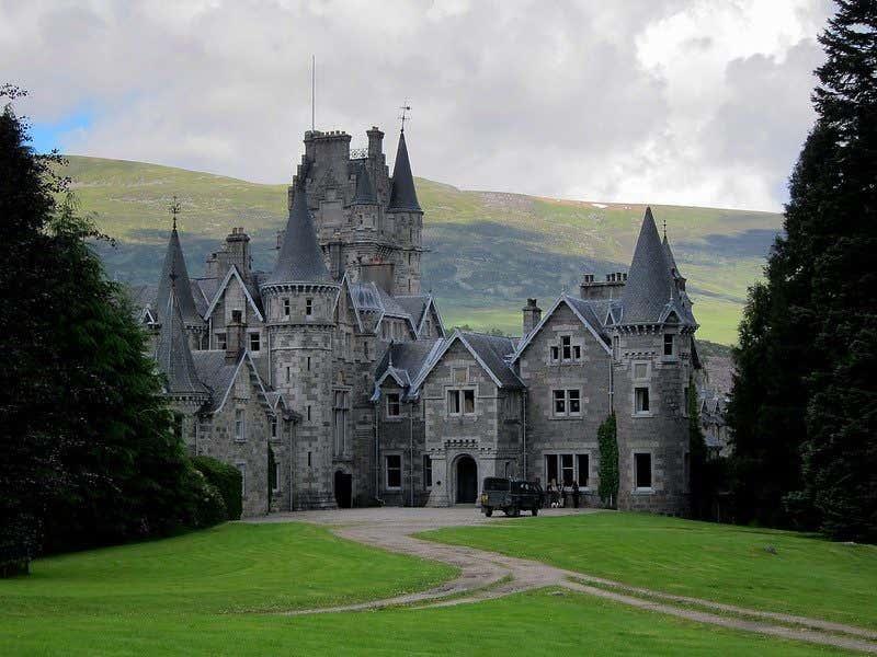 Castelo de Ardverikie em Inverness, Escócia