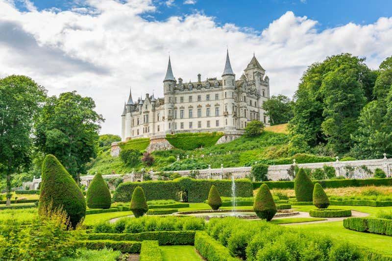 Castelo e jardins de Dunrobin em Sutherland, nas Highlands