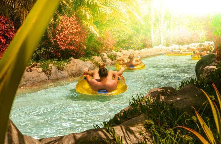 Río artificial del parque acuático Siam Park, en Tenerife.