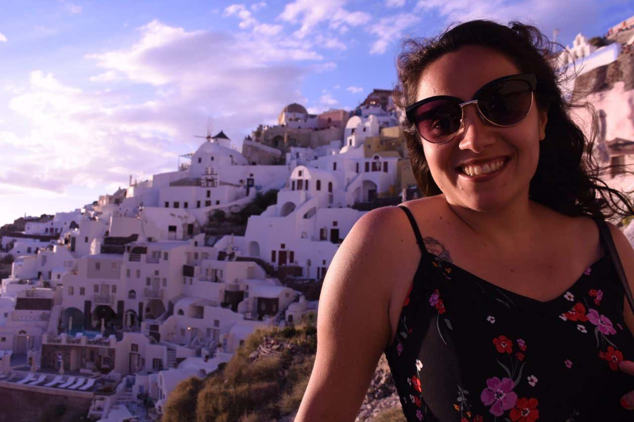 Larissa Andrade disfrutando de sus vacaciones en Santorini