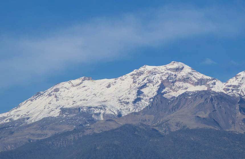 Il vulcano Iztaccíhuatl