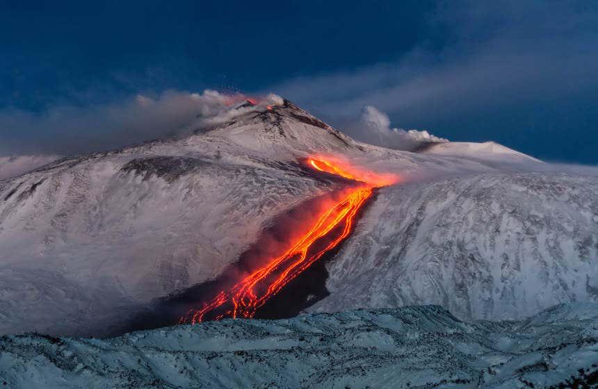 La lava dell'Etna