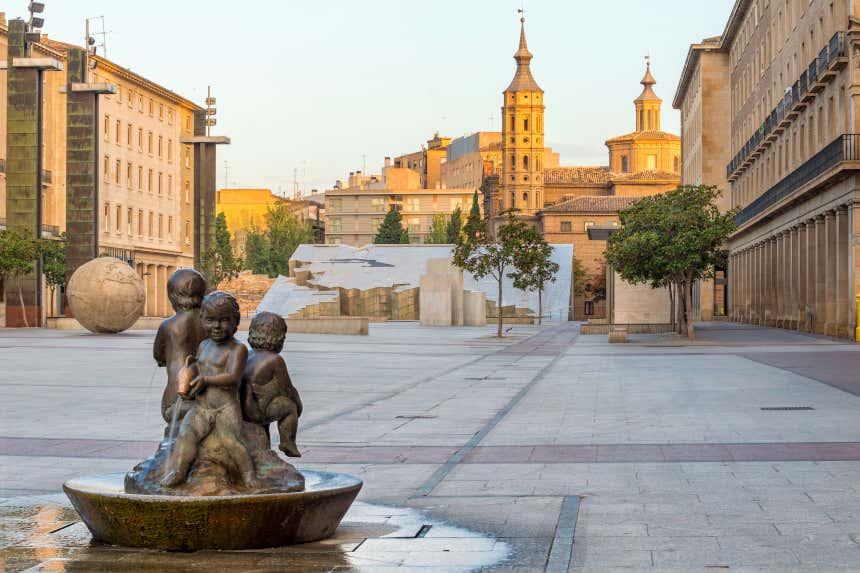 Fuentes de la plaza de Nuestra Señora del Pilar de Zaragoza