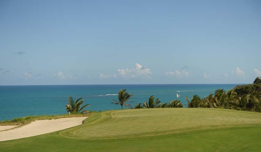 Vistas idílicas do clube de golfe Terravista