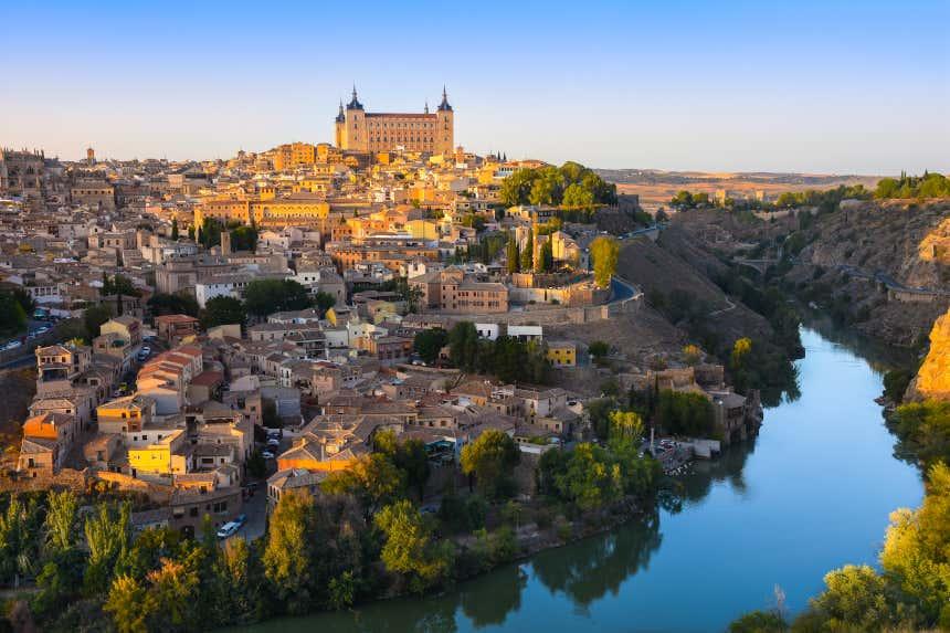 Panorámica de Toledo y el río Tajo desde el mirador del Valle.
