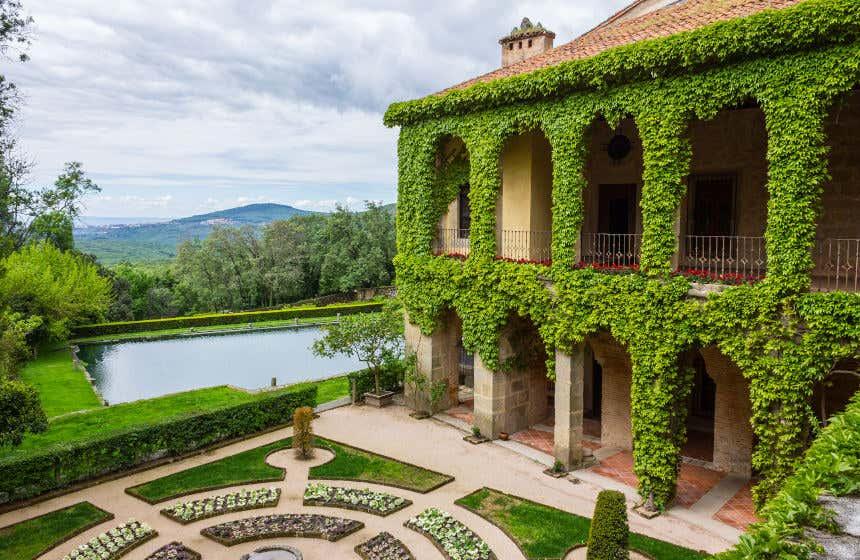 Jardines del monasterio de Yuste, donde vivió Carlos V.