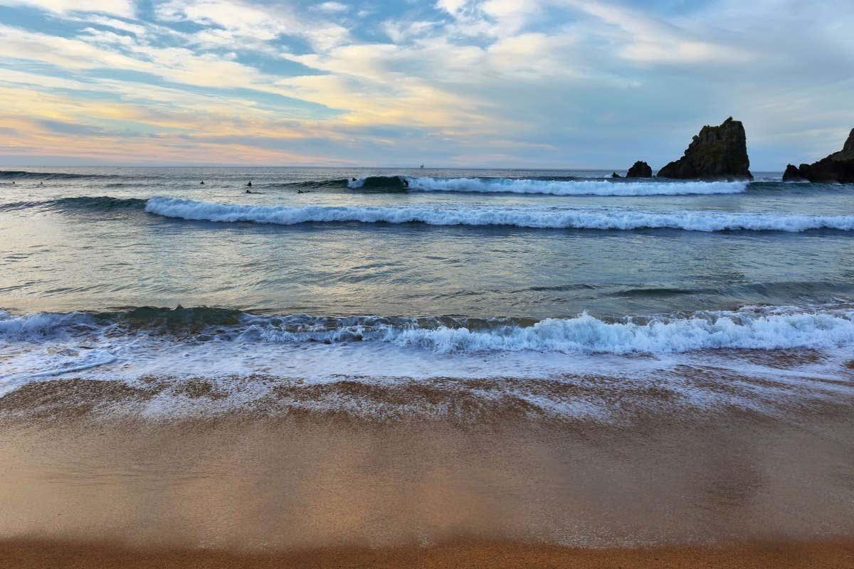 Atardecer en la playa de Laga