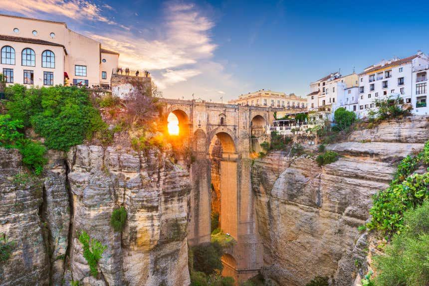 Puente Nuevo de Ronda al atardecer en Málaga.
