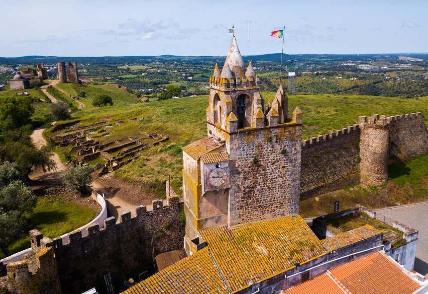 Cidade de Montemor-o-Novo vista do alto do Castelo