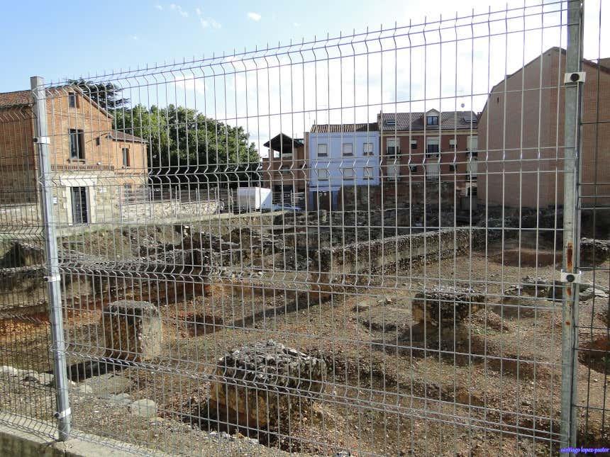Yacimiento con ruinas romanas en Astorga.