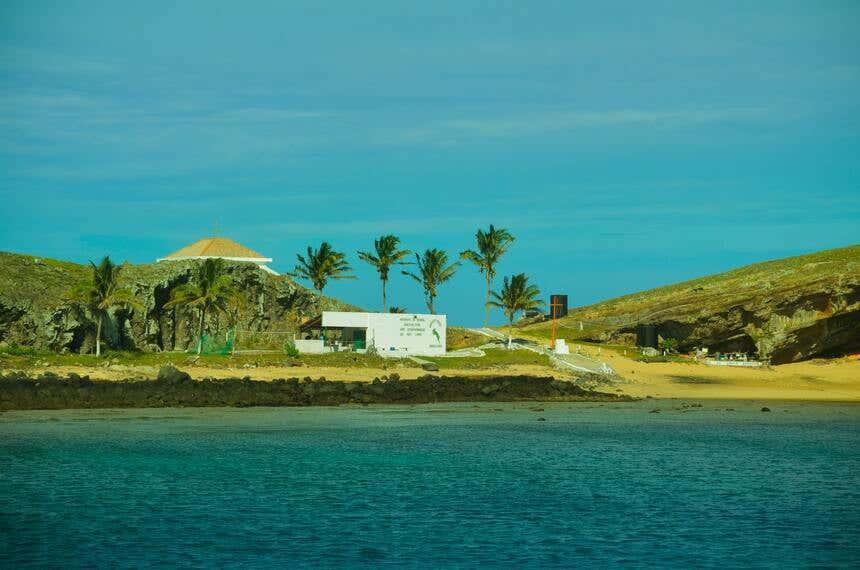 Paisagem de uma das ilhas do Arquipélago de Abrolhos