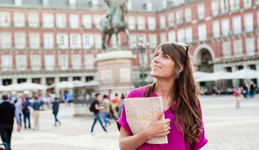 Turista en el centro de Madrid