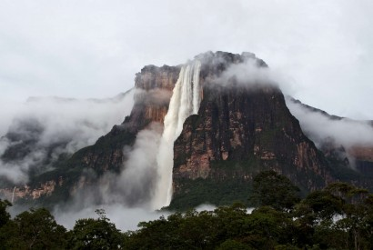 10 of the world's tallest waterfalls
