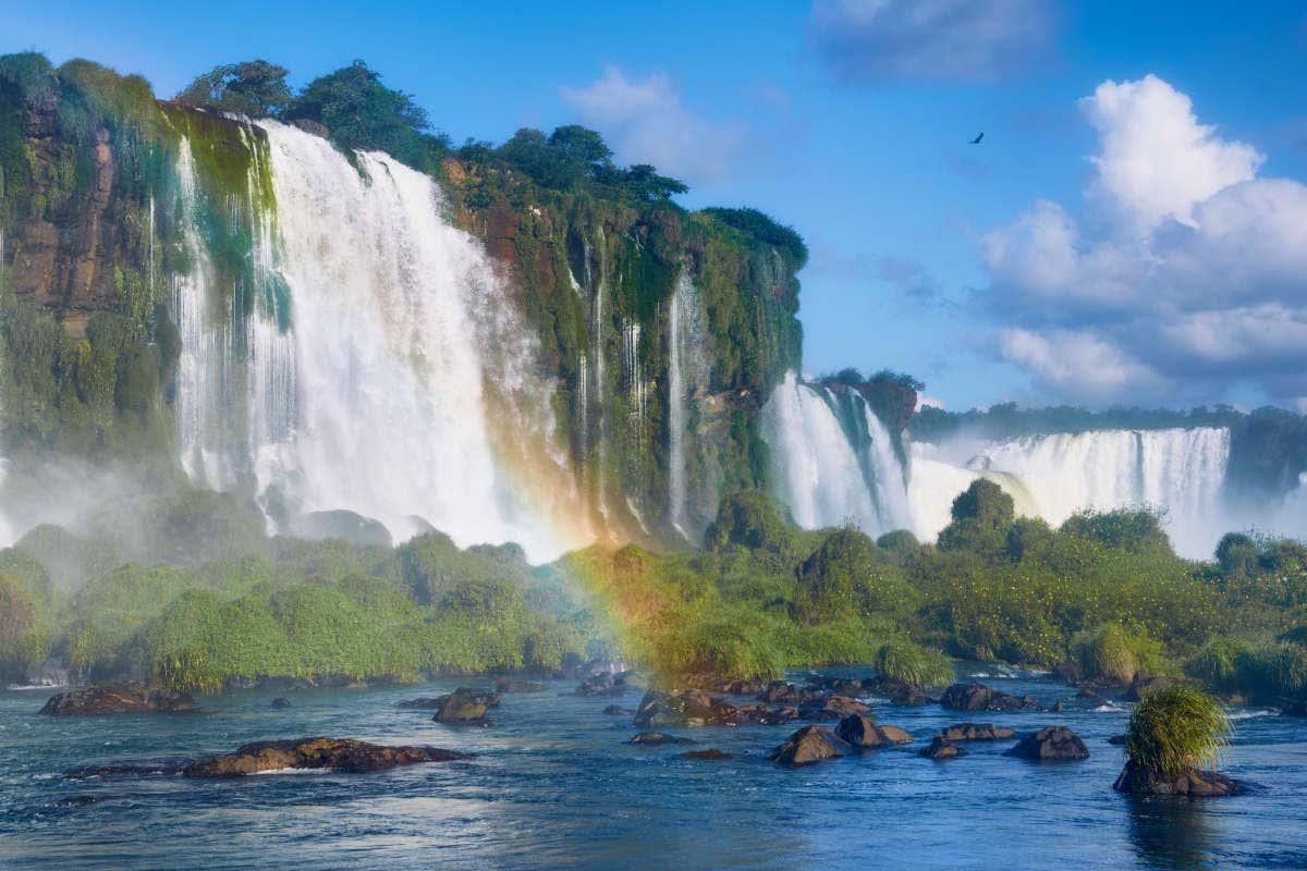 Arcoiris sobre las Cataratas de Iguazú