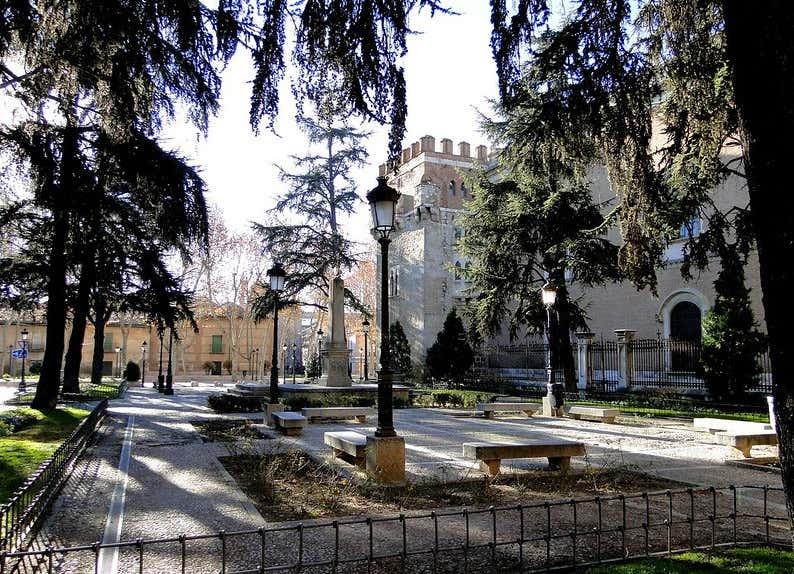 Plaza de las Bernardas, un lugar muy tranquilo rodeado de vegetación donde parece que se para el tiempo