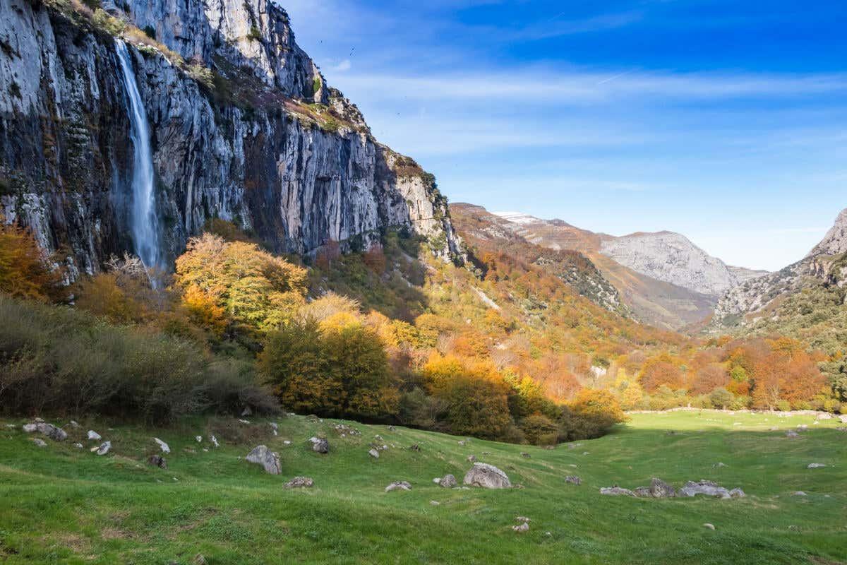 Cuenca del Asón, paraje natural de la ruta de Carlos V por España.
