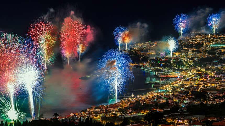 Fogos de artifício na festa de Ano Novo da Madeira