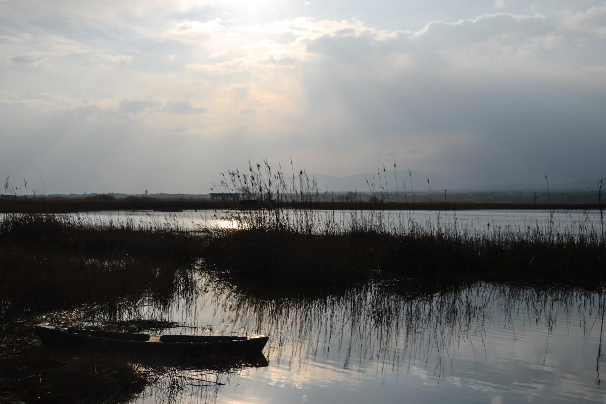 Mágico atardecer en el Delta del Ebro.