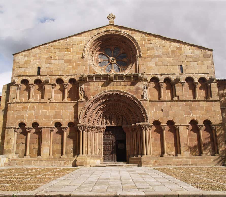 Fachada de la iglesia de Santo Domingo de Soria